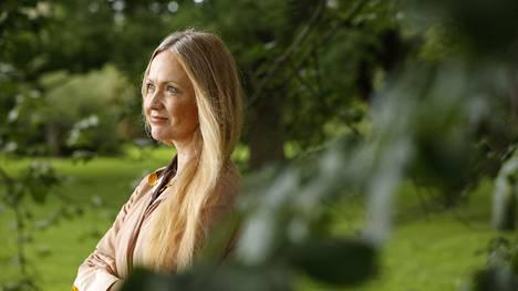 Eveliina Talvitie vieraili vanhassa kotikaupungissaan Porissa torstaina. Suomessa hän ei ole käynyt kahdeksaan kuukauteen, mutta puhe kääntyi oitis Porin murteelle.