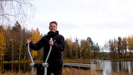 Valkeakosken kaupungin markkinointipäällikkö Petri Ahonen on yksi niistä, jotka työskentelevät hyvinvointimatkailun kehittämisen eteen. Kerhomajan ohella Kirjaksen alue on yksi Valkeakosken keskeisiä liikuntapaikkoja ja todennäköisesti myös tulevan liikuntaan liittyvän matkailun tärkeitä kohteita.