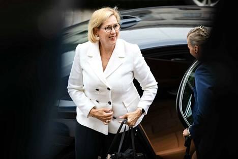 Työministeri Tuula Haatainen kertoi tänään keskeisistä budjettiriihessä tehdyistä työllisyyspäätöksistä.