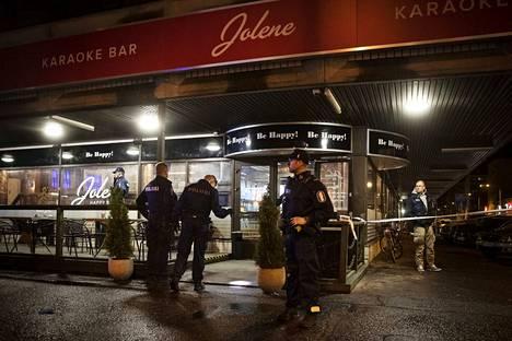 Karaokeravintolan edustalla ammuttiin useita laukauksia viime perjantai-iltana.