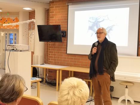 Juhani Pallasmaa toimi teknillisen korkeakoulun arkkitehtuurin professorina 1992–1997.