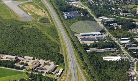Bilteman tontti sijaitsee Mikkolassa. Lähistöllä ovat kaupan suuryksiköt S- ja K-ryhmillä.