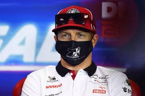 Kimi Räikkönen nähdään formula ykkösissä myös ensi kaudella.
