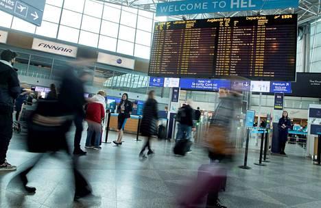 Helsingistä ei pian lennetä Finnairilla Roomaan. Milanon lennot loppuivat maanantaina.