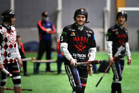 Tuomas Jussila ja Manse PP ottivat kauden ensimmäisen voiton.