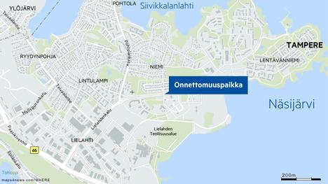 Onnettomuus sattui Niemen alueella Isoniemenkadun ja Lielahdenkadun risteyksessä.
