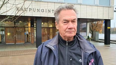Järvinen toimi aikaisemmin sairaanhoitopiirin valtuuston puheenjohtajana kaudella 2017–2021.