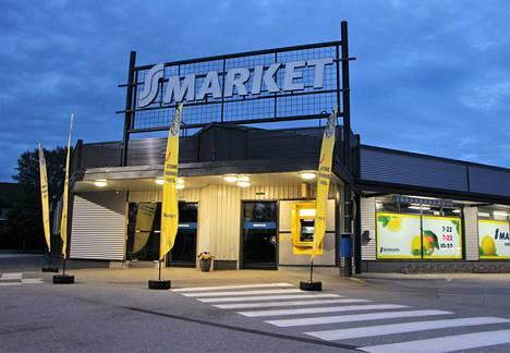Kokemäen S-marketin edustaa on uusittu.