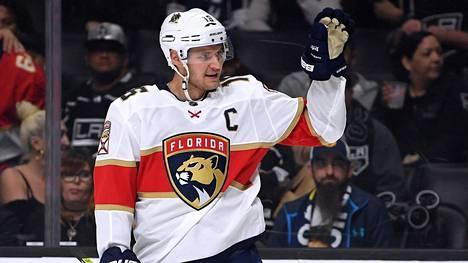 Floridan kapteenilla Aleksander Barkovilla on suurin suomalaissopimus kiekkoliiga NHL:ssä.