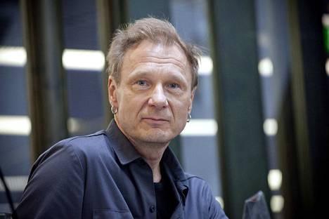 Ismo Alangon elämäkerran kirjoittaa kirjailija Katja Kettu. Kuvassa Alanko haastateltavana Metsossa vuosi sitten toukokuussa.