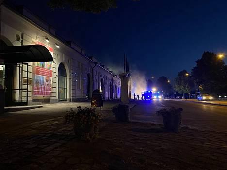Porin taidemuseon kattorakenteet syttyivät palamaan sunnuntain ja maanantain välisenä yönä
