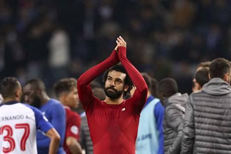 Liverpoolin tähtihyökkääjä Mohamed Salah syötti ja maalasi itse Portugalissa.