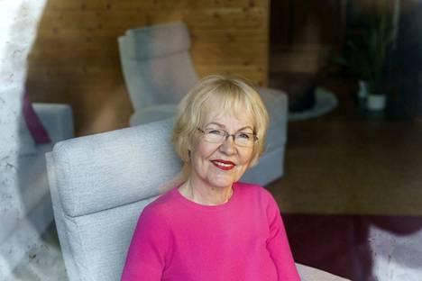 Emeritaprofessori Kaarina Määttä on tutkinut rakkautta vuosikymmeniä.