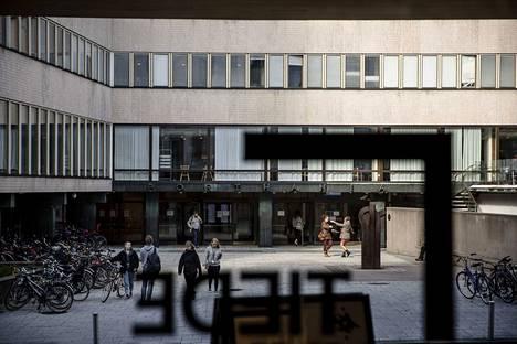Opiskelijat painottavat ongelmien syinä esimerkiksi sitä, että tutkintojen suoritusaikataulua on tiukennettu ja opintorahan suuruus ei ole seurannut arjen kustannuksia. Arkistokuva Helsingin yliopistolta.