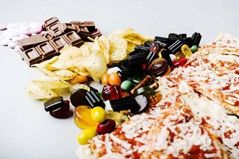 Energiantarpeen lisäksi syömistä ohjailevat muun muassa erilaiset mielihalut.