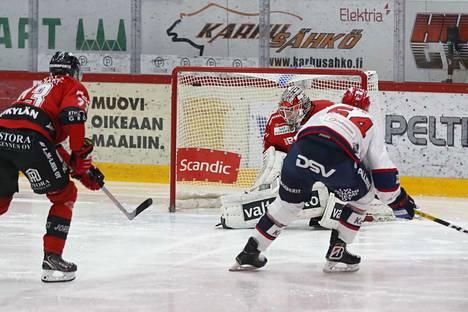 Lauantain pelissä HIFK iski maalin vain kuudessa sekunnissa. Sebastian Dyk teki tämän lisäksi viimeisen osuman tyhjiin.
