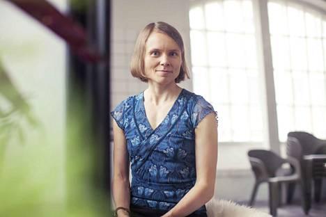 Hämeenkyröläinen kirjailija Anni Kytömäki tunnetaan luontoaiheisista teoksistaan.