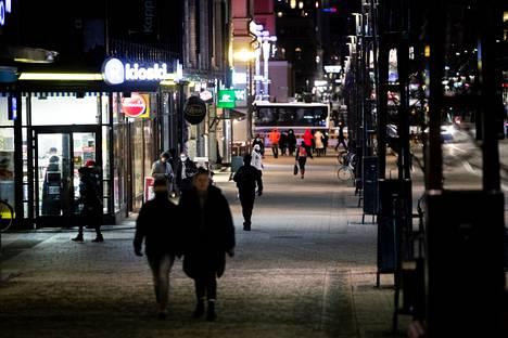 Tampere tähtää verkkokaupan veturiksi. Hankkeen takana olevat uskovat, että vahva verkkokauppa parantaa myös kivijalkamyymälöiden asemaa ja elävöittää keskustan Hämeenkatua, jossa useita liiketiloja on nyt tyhjillään.