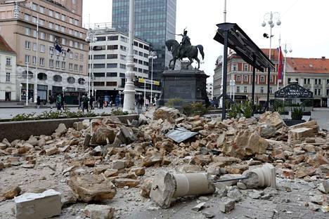 Maanjäristys vaurioitti rakennuksia Zagrebissa Kroatiassa.