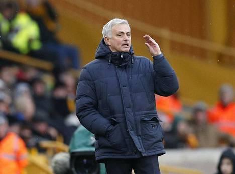 Jose Mourinho on saanut vahvan alun manageritaipaleelleen Tottenhamissa.