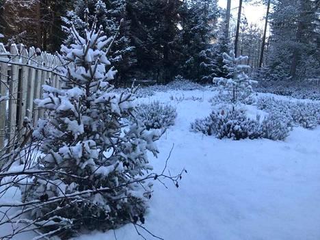 Myös Parkanossa maisema oli luminen maanantaiaamuna.