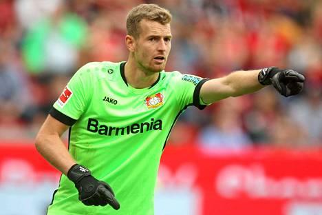 Lukas Hradeckyn Leverkusen taistelee kärkisijoista.