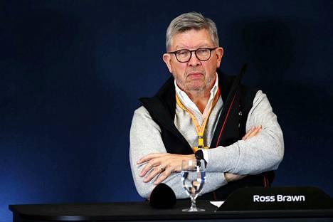 Formula 1:n moottoriurheilunjohtaja Ross Brawn kuvailee tulevaa F1-kautta erittäin mielenkiintoiseksi.