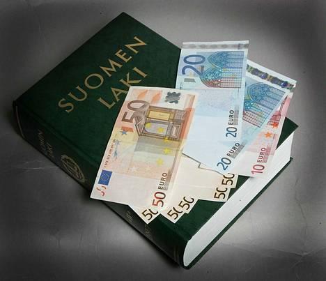 Ehkä on aika harkita vakavasti, onko riski euron pelastamiseksi kannattava, kirjoittaa Eerik Heijari.