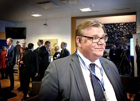 Timo Soini ei lähde ehdolle eurovaaleihin. Hän ilmoittaa jättävänsä politiikan ulkoministeripestin päätyttyä.