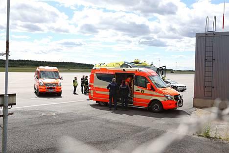 Tampere-Pirkkalan lentoasemalla tapahtui torstaina ilmaliikenneonnettomuus. Onnettomuuspaikalle hälytettiin suuri määrä yksiköitä. Pelastuslaitos saa lisätietoja onnettomuudesta vasta hetki sen jälkeen, kun hälytys on tehty.