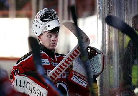 Kasperi Kotkaniemi on saanut pientä korvausta harjoitteluajastaan Ässissä. Ensi kauden ajan hän pelaa Mestiksen Jokipojissa.