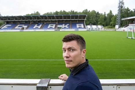 FC Hakan puheenjohtajan Marko Laaksosen mukaan seurajohto on käynyt läpi pelaajia, jotka voisivat vahvistaa Hakaa loppukautta varten. Arkistokuva.