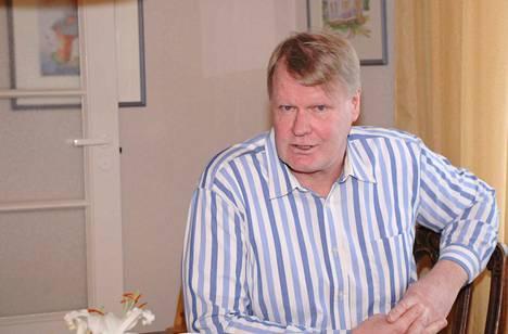 Helmikuussa pyöreitä täyttävä Kai Kangas kutsuu itseään korpifilosofiksi. Torniolaispoika on kulkenut Suomea etelästä pohjoiseen ja asuu nykyään Keuruulla.