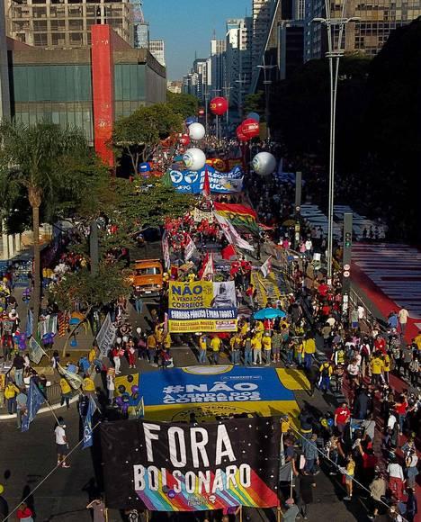 Lauantaina protestimarsseja oli Brasiliassa suunnitteilla jopa 400 kaupunkiin tai kuntaan. Kuva Sao Paulon kaduilta 24. heinäkuuta.