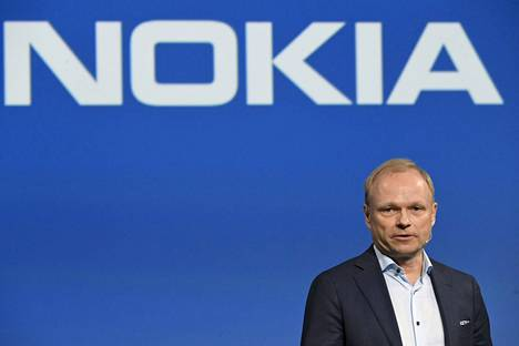 Nokian toimitusjohtaja Pekka Lundmarkin mukaan vahva alkuvuosi luo hyvän pohjan sille, että lopullinen tulos asettuu lähelle tavoitteen ylärajaa.