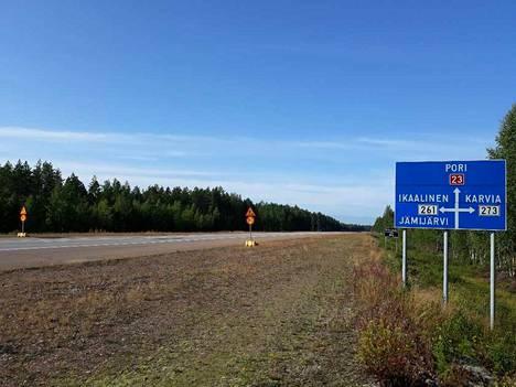 Maanantaina käynnistyvät päällystystyöt valtatiellä 23 Niinisalon kohdalla.