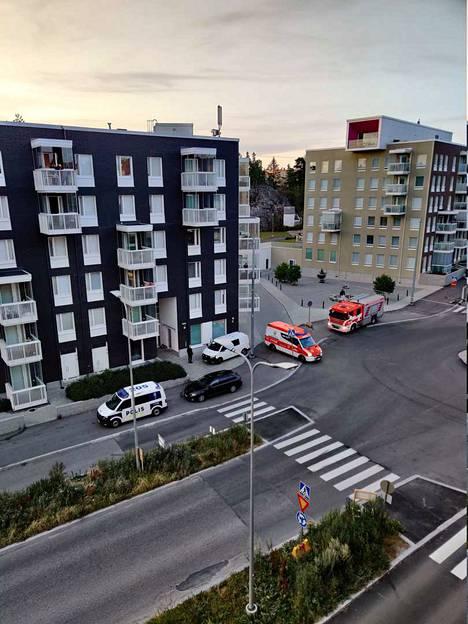 Räjähdys tapahtui yksityisasunnossa Koirasaarentiellä Helsingin Laajasalossa.