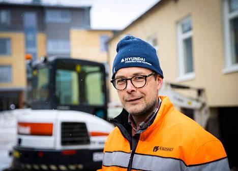 Teollisuus-, liike- ja asuinrakentamisen lisäksi Rauman RS-Rakennus Oy pyörittää omaa betonielementtitehdasta. Omasta tehtaasta elementit saa työmaille nopeasti ja mutkattomasti, mikä puolestaan varmistaa urakoiden aikatauluja ja tarjoaa kilpailuetua.