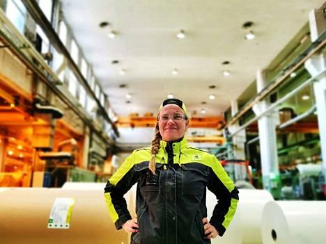 –Oppisopimuksen ajatuksena on, että meillä on vakituiset työpaikat Tervasaaressa, kunhan suoritamme koulutuksen hyväksytysti. Totta kai se houkuttelee, Jenni Karhu kertoo.