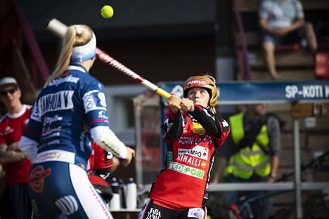 Jatkaako Pesäkarhut ja Henna Juka vahvaa menoaan Rauman Feraa vastaan perjantainakin?