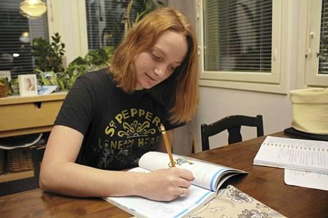 Ohiolainen Abbie Brunner tuli vaihtoon Suomeen Raision Rotaryklubin kautta kaksi kuukautta sitten. Kun hän tuli Suomeen, niin vastavuoroisesti Suomesta pääsi nuori ulkomaille.