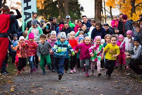 Suomessa ei ole enää poikkeuksellista, että jopa lapset kärsivät elintasosairauksista. Siihen on olemassa hyvin yksinkertainen ratkaisu: terveemmät elintavat. Liikunnan merkitys on iso.