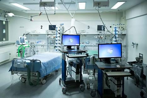 Tehohoidossa koronapotilaita hoidetaan hengitysvajauksen takia. Kuva Taysin tehohoito-osastolta vuodelta 2018.