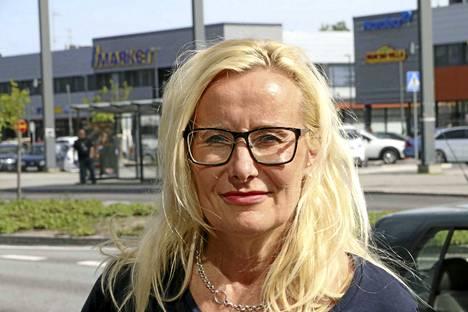 Raision kaupunginhallituksen puheenjohtaja Elisa Vuorinen.