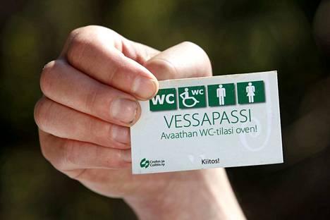 Vessapassi on hienovarainen ele, jolla suolistosairaudesta kärsivä pyytää avaamaan wc-tilat.