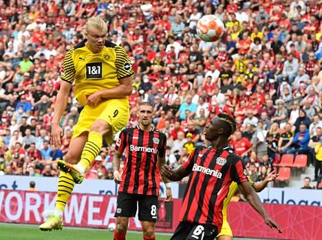 Edellisessä liigapelissä Leverkusenia vastaan Haaland osui kahdesti.