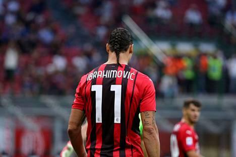 Zlatan Ibrahimovićin uusi hiustyyli herätti huomion Italian mediassa.