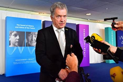 Presidentti Sauli Niinistö altistui koronavirukselle Malmön kansainvälisessä holokaustifoorumissa keskiviikkona 13. lokakuuta.