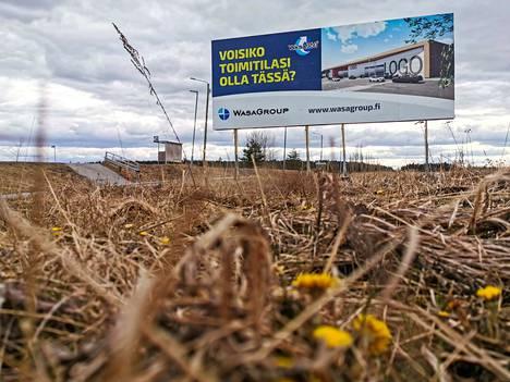 Maanrakennustyöt Lempääläntien ja Vanhankyläntien risteyksessä kestävät pari kuukautta.
