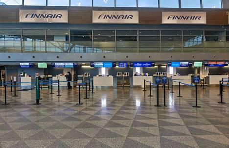 Tältä näytti Helsinki-Vantaan lentoasemalla 19.3.2020. Hannu Häkkinen otti kuvan Museoviraston tallennusprojektiin. Samaan aikaan on pantu pystyyn useita muita korona-ajan dokumentointeja.